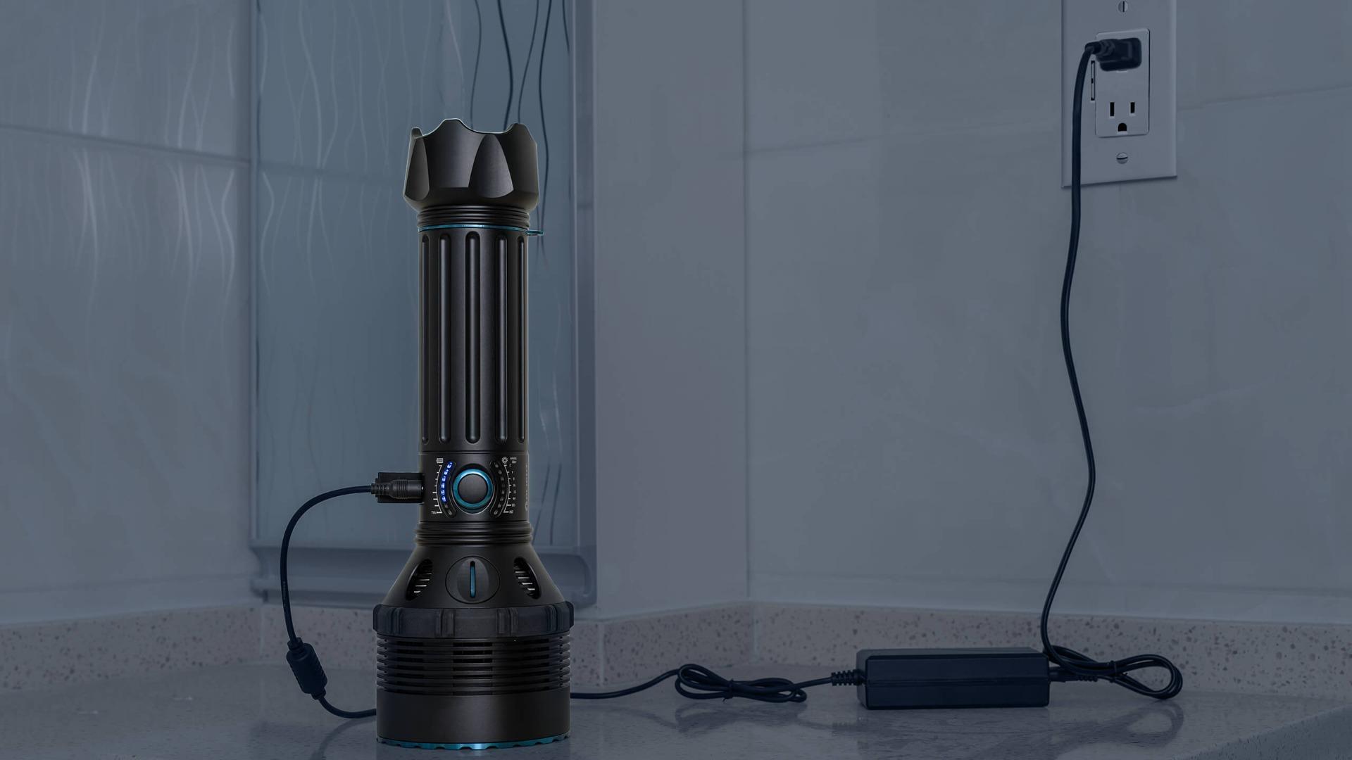 wiederaufladbare Taschenlampe Suchlampe schnelle Aufladung