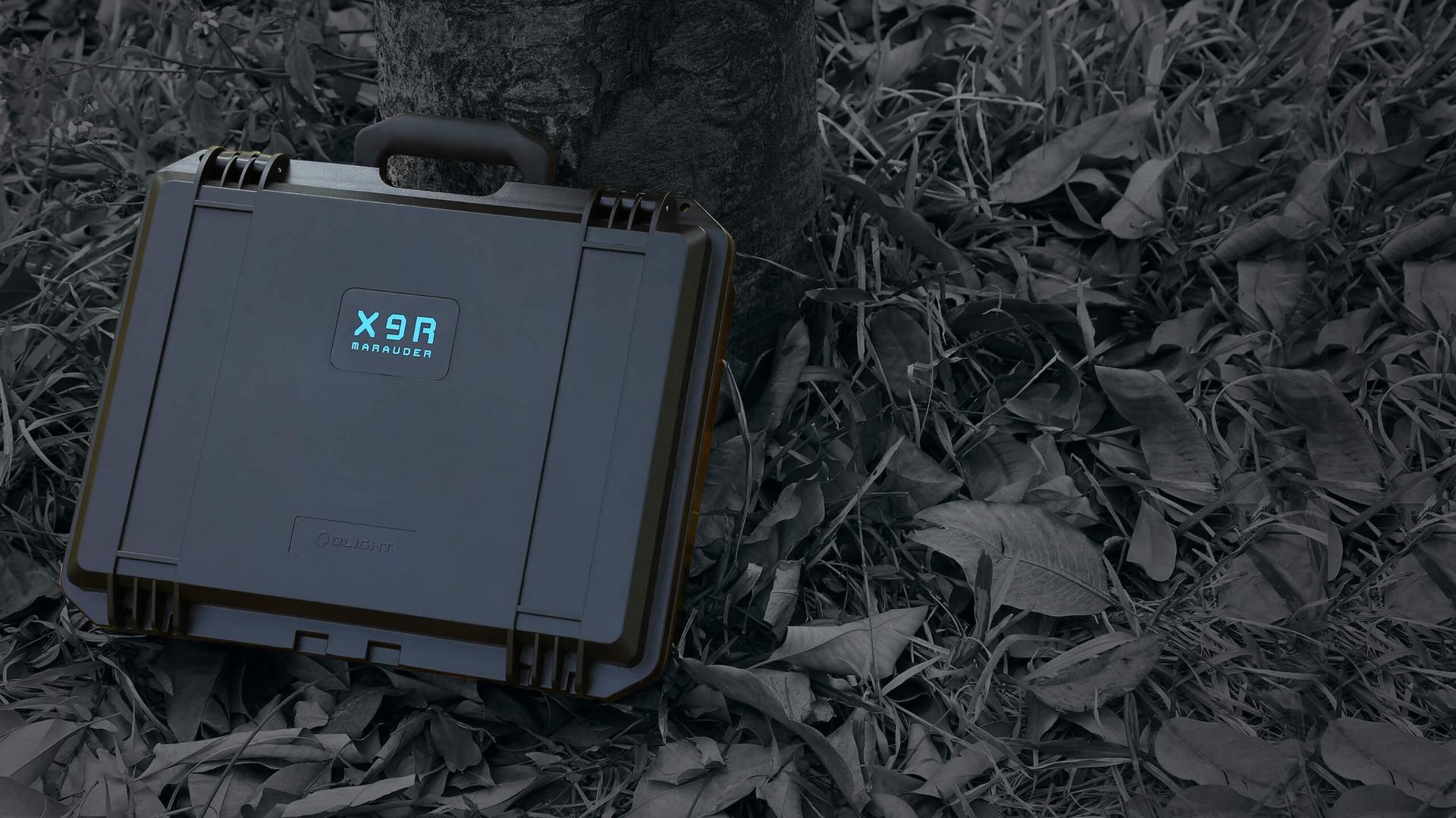X9R Marauder Taschenlampe Tragekoffer